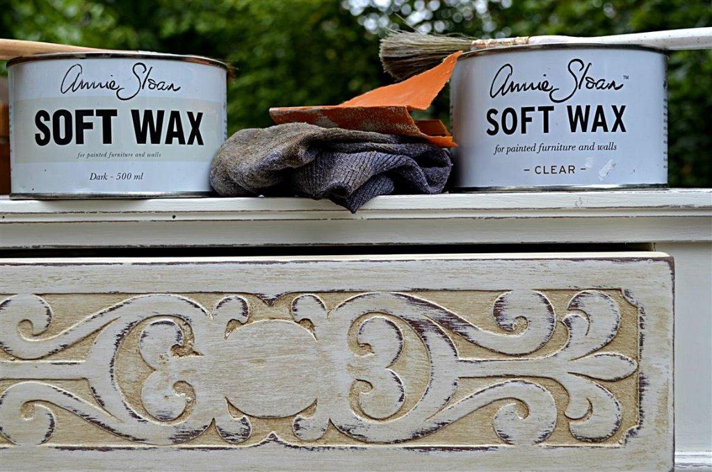 Annie Sloan wax
