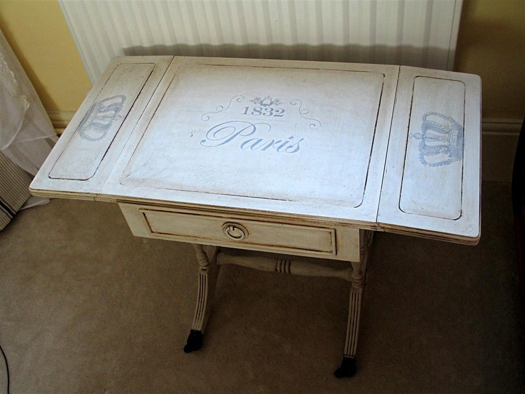 shabby chic asztal